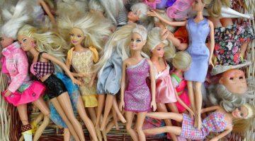 dolls-666019_1280